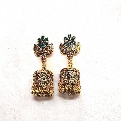 BB Trendz Metal Based Ethnic Stone Work Earings
